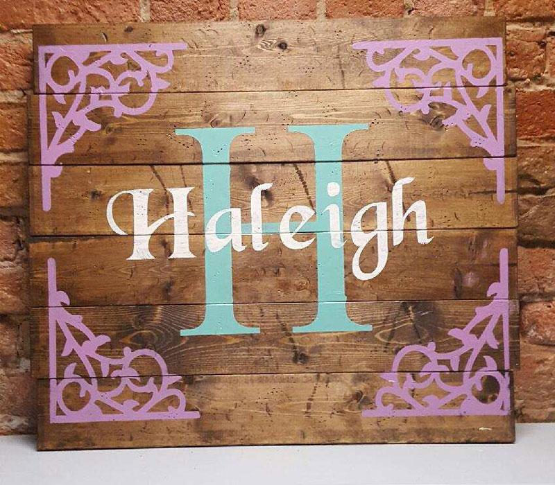 Personalized monogram with border